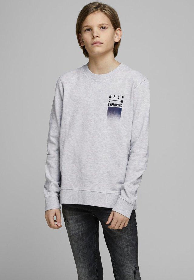 SWEATSHIRT JUNGS STATEMENTPRINT - Sweatshirt - white melange