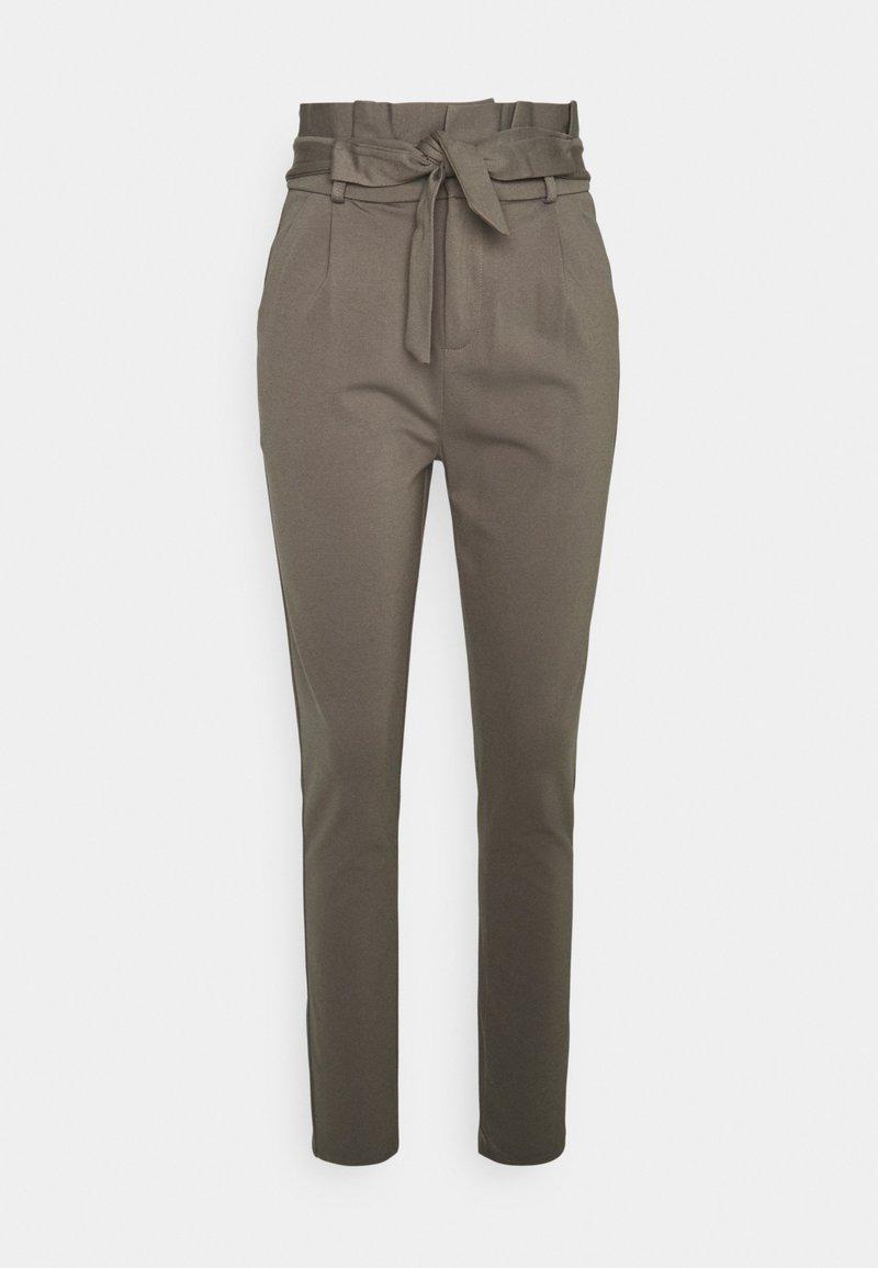 Vero Moda Tall - VMEVA PAPERBAG PANT - Trousers - bungee cord