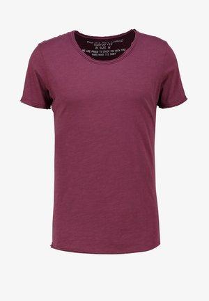 Basic T-shirt - dark red