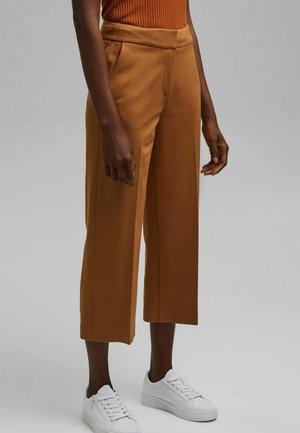 CULOTTE - Trousers - caramel