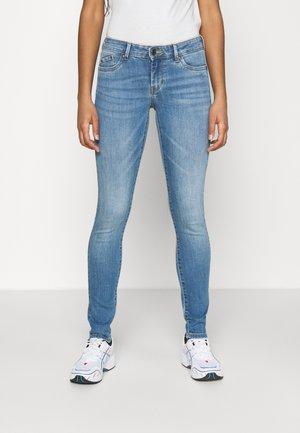 PIXIE - Skinny džíny - light blue denim