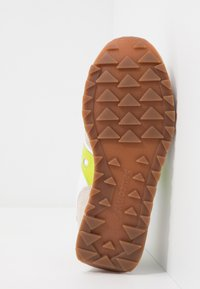 Saucony - JAZZ VINTAGE - Sneakers basse - white/citron - 4