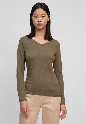Long sleeved top - nutshell brown