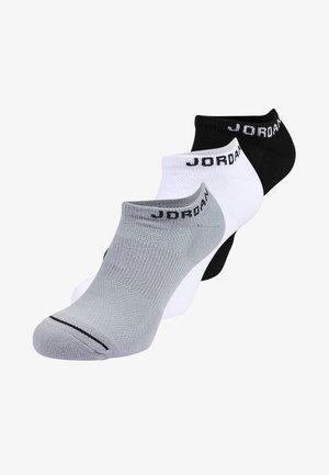 JUMPMAN NO-SHOW 3 PACK - Trainer socks - black/white/wolf grey