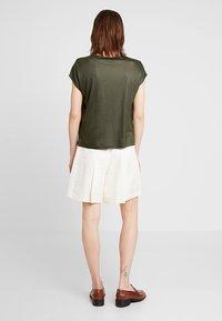 someday. - KUSANA - T-shirts basic - mystic forest - 2