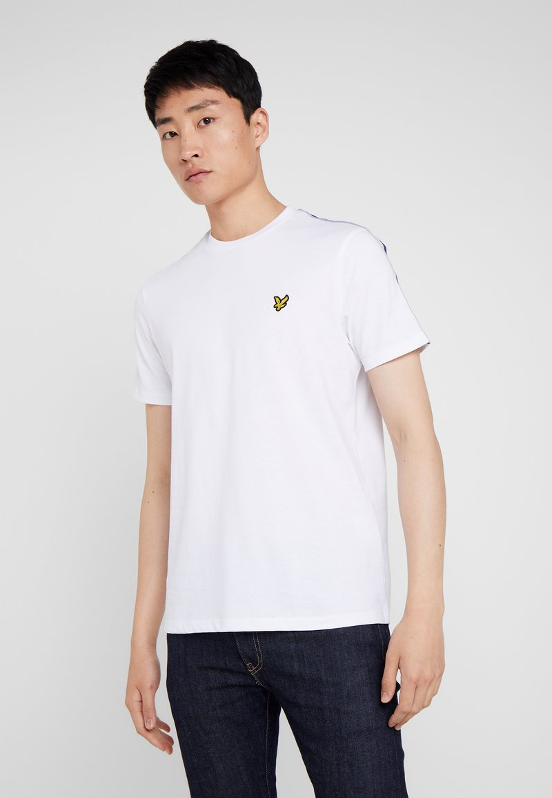 Lyle & Scott - TAPED T-SHIRT - T-shirt - bas - white
