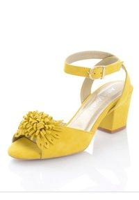 Alba Moda - Sandals - gelb - 3