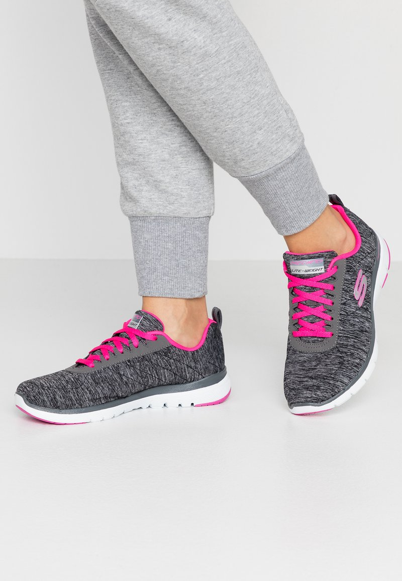 Skechers Wide Fit - FLEX APPEAL 3.0 - Trainers - black/charcoal/hot pink