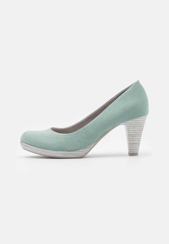 COURT SHOE - Platform heels - sage