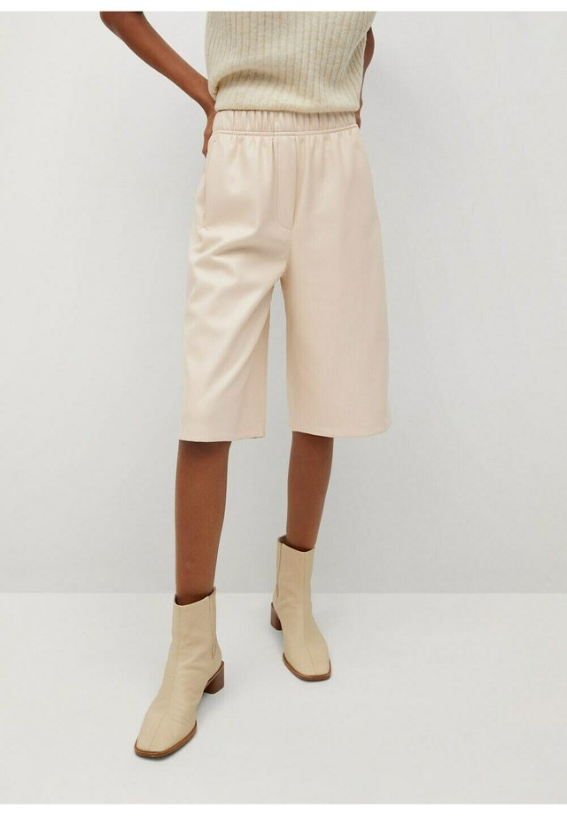 PABLO - Short - beige