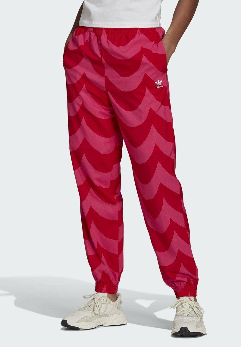 adidas Originals - X MARIMEKKO - Jogginghose - vivid red/team real magenta