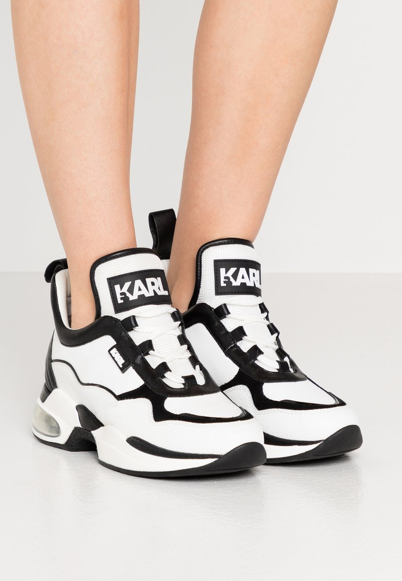 KARL LAGERFELD - LAZARE MID  - Sneakers high - white/black