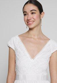 Nly by Nelly - UPPER DRESS - Sukienka letnia - white - 3