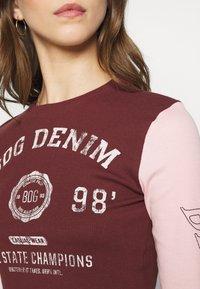 BDG Urban Outfitters - COLLEGIATE LETTUCE TEE - Long sleeved top - burgundy - 5