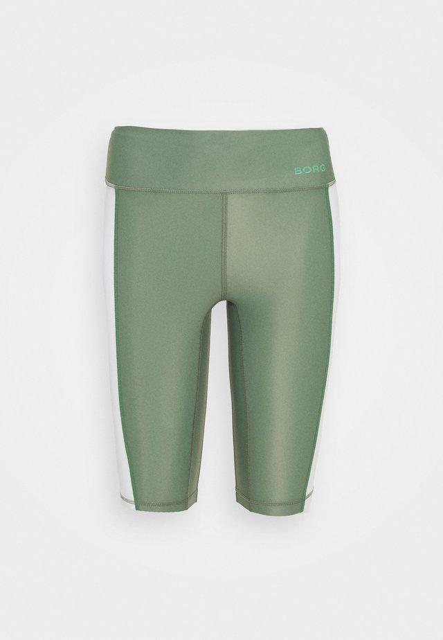 STRIPE BIKE SHORTS - Sportovní kraťasy - duck green