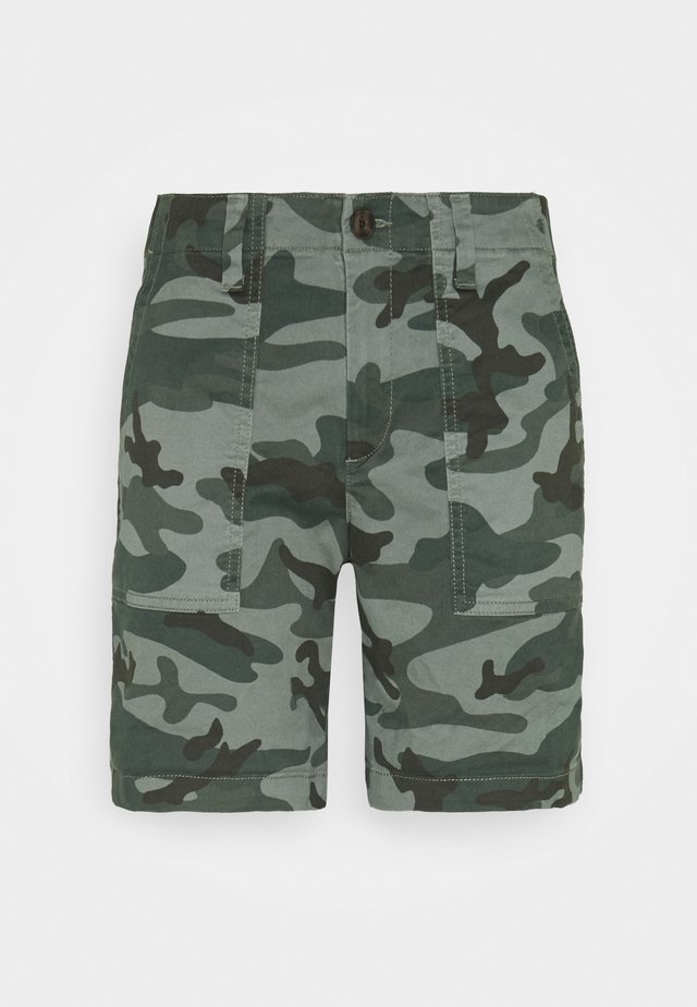 UTILITY - Shorts - green