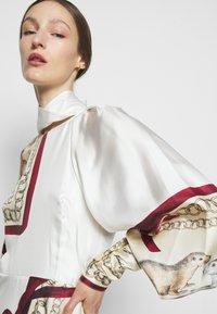 Victoria Beckham - DRAPED SLEEVE DRESS - Occasion wear - cream/bordeaux - 5