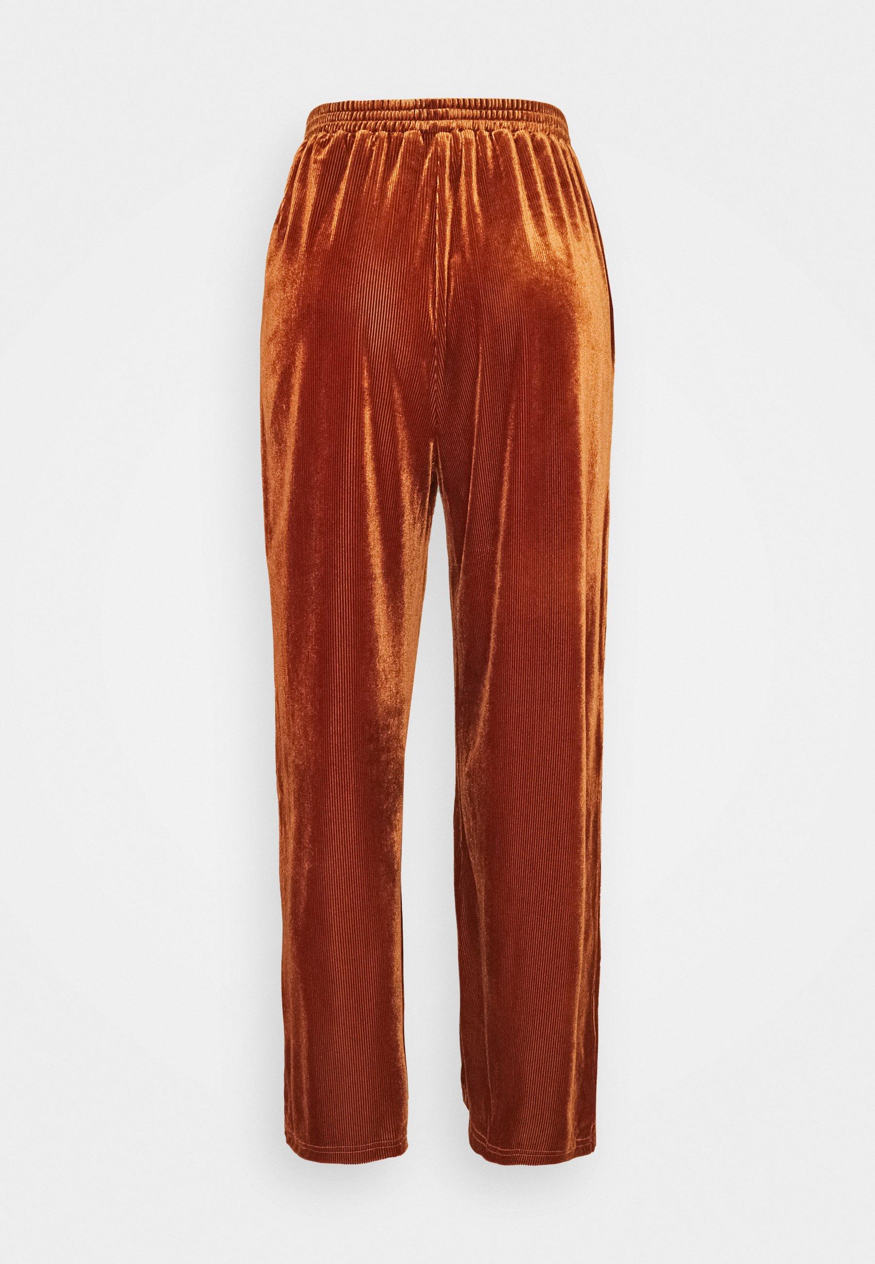 Women PCVINKY WIDE PANTS - Tracksuit bottoms