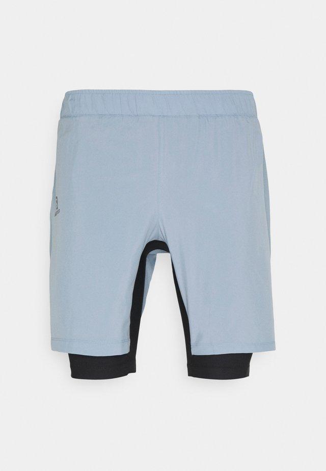 TWINSKIN - Outdoorové kraťasy - ashley blue