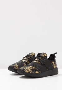 Versace Jeans Couture - Trainers - multicolor - 4