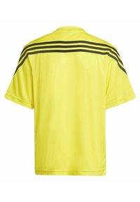 adidas Performance - T-shirt imprimé - yellow - 1