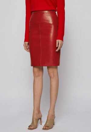 Pencil skirt - dark red