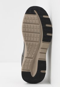 Skechers - SENTINAL - Sneaker low - black - 4