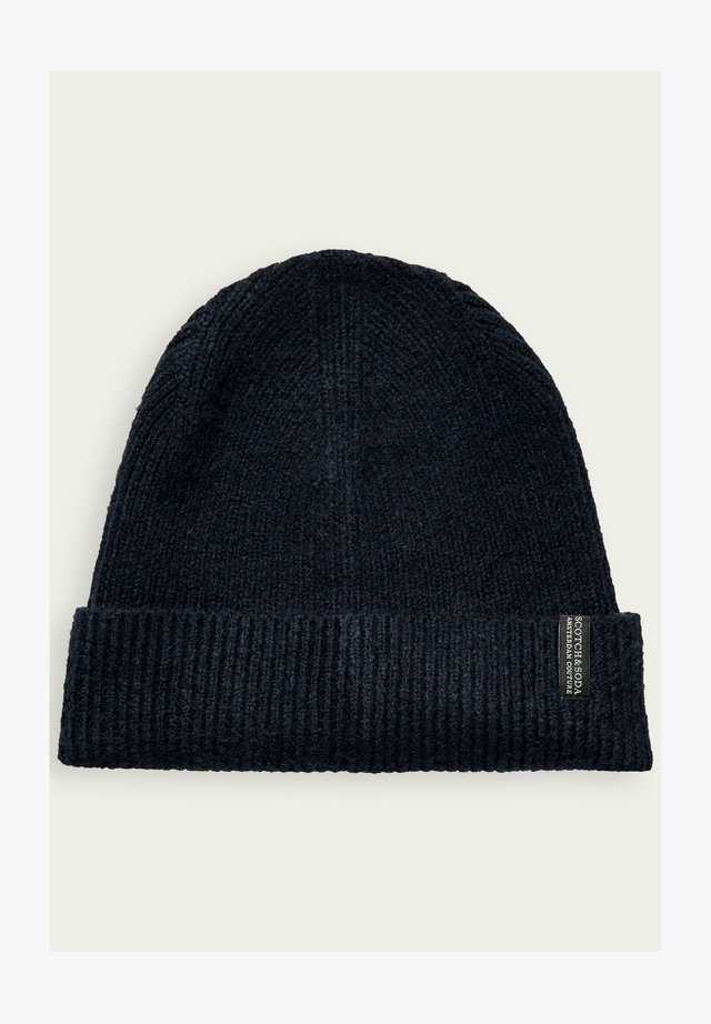 Beanie - night