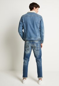 Jack & Jones - JJIJEAN JJJACKET - Džínová bunda - blue denim
