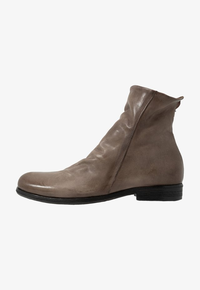 TRY - Classic ankle boots - smoke