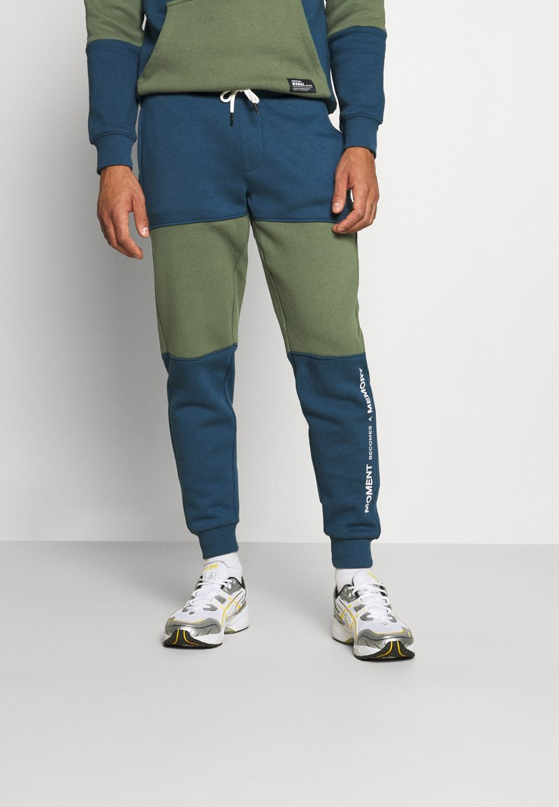 Redefined Rebel - DAWSON  - Pantaloni sportivi - dark denim