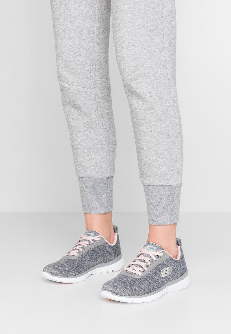 Skechers Sport - FLEX APPEAL 3.0 - Zapatillas - gray/light pink