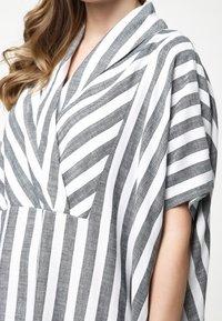 Madam-T - KORNA - Maxi dress - schwarz/weiß - 6