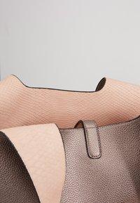 PARFOIS - SET - Handbag - silver - 3