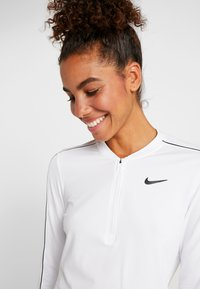 Nike Performance - DRY  - Funkční triko - white/black - 3