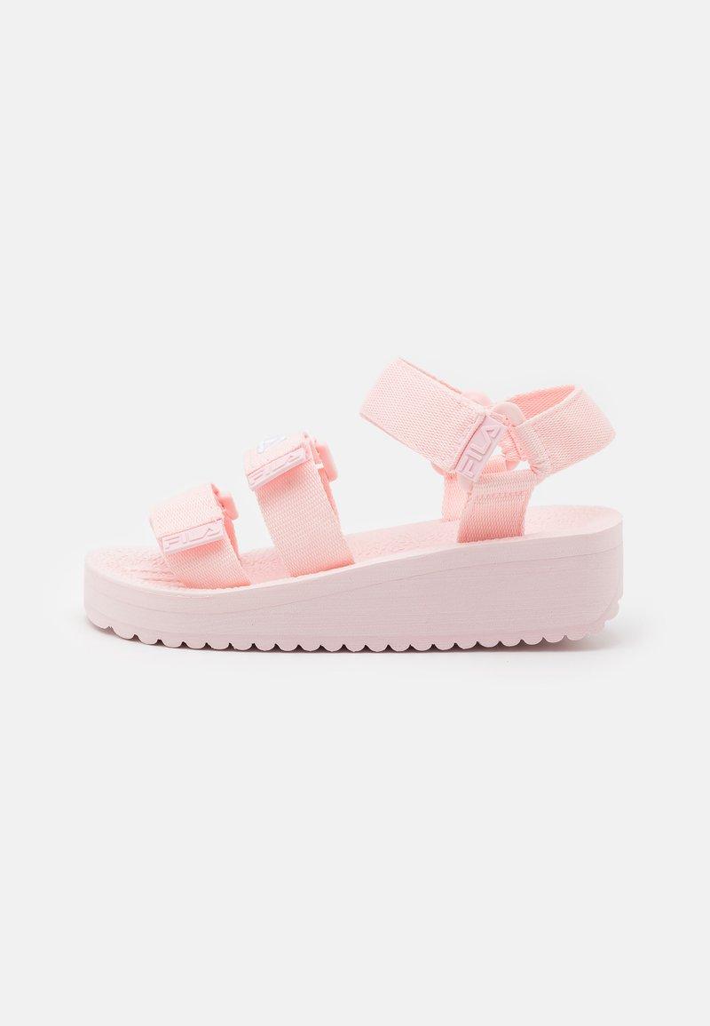 Fila - TOMAIA JR - Sandały - crystal pink