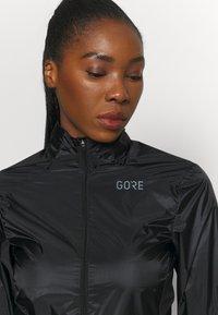 Gore Wear - AMBIENT JACKET WOMENS - Windbreaker - black - 3
