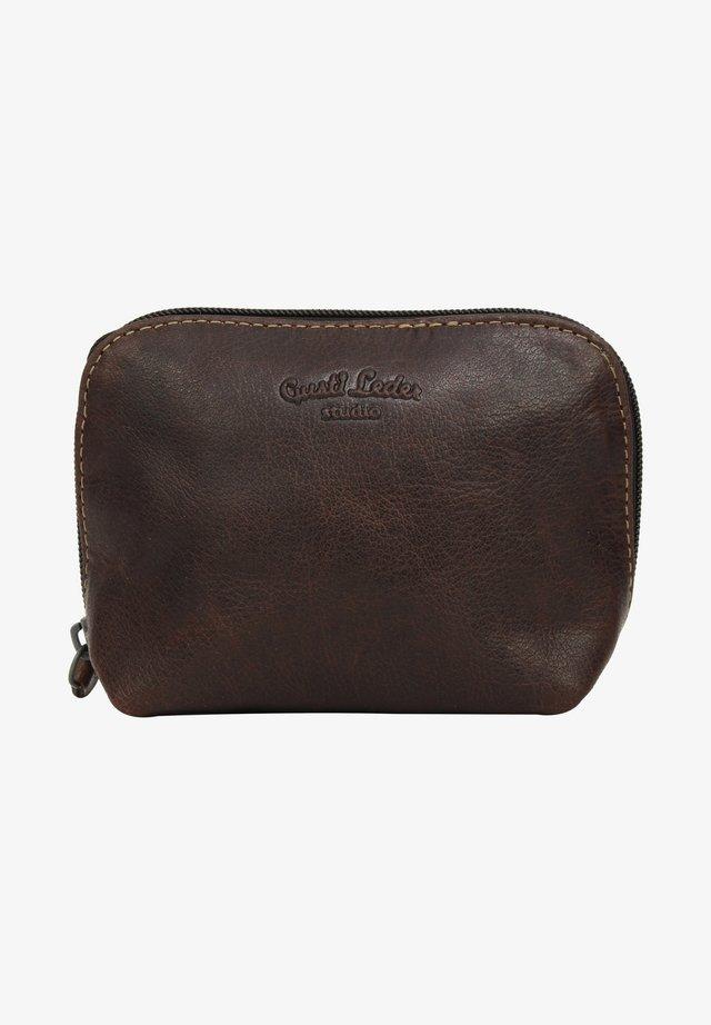 Kosmetická taška - dark brown
