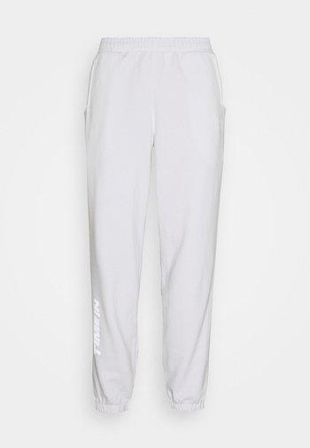 NINJA PANT UNISEX - Teplákové kalhoty - white