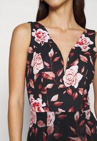 WAL G. - ISABELLE V NECK DRESS - Day dress - floral - 5