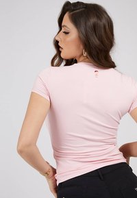 Guess - MINI TRIANGLE - T-shirt print - rose - 1