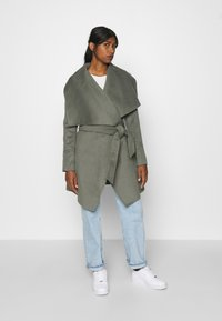 Forever New - WILLOW WRAP COATS - Classic coat - green - 0