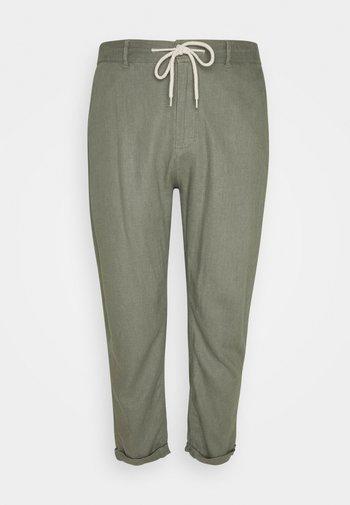 JAMIE BLEND PANTS - Trousers - sage