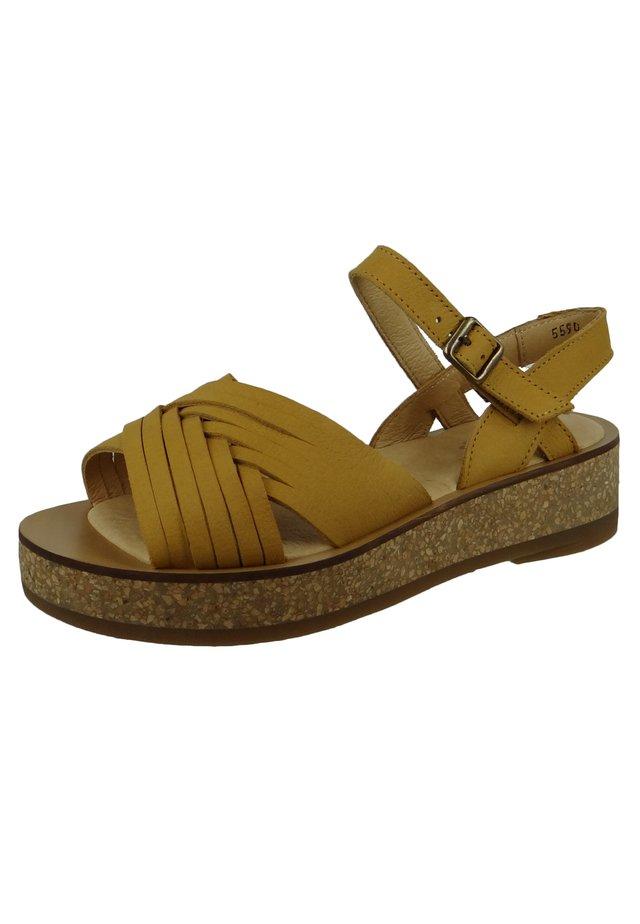 N5590 TÜLBEND  - Korkeakorkoiset sandaalit - curry