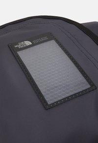 The North Face - BASE CAMP DUFFEL S UNISEX - Sports bag - dark blue - 6