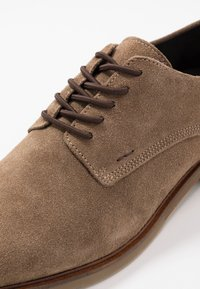 Bullboxer - Lace-ups - sand - 5