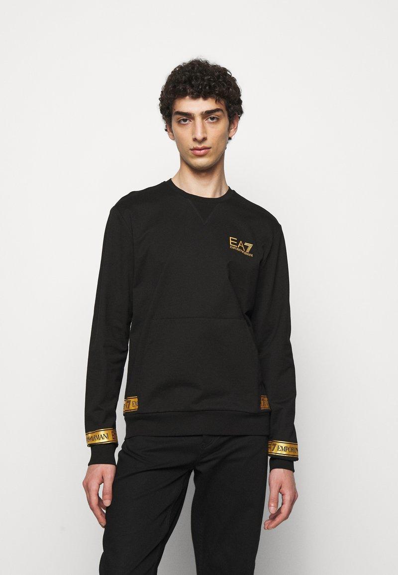 EA7 Emporio Armani - Sweatshirt - black/gold