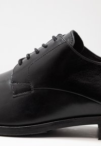 Shoe The Bear - RAMPLING - Smart lace-ups - black - 5
