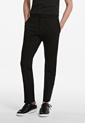 PUNTO  - Spodnie materiałowe - black