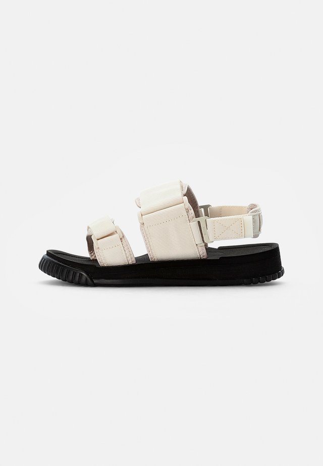 WEEKENDER - Sandały - natural